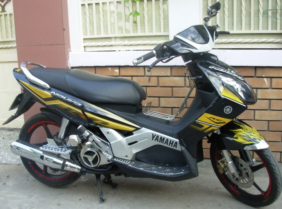 YAMAHA NOUVO II - 115cc scooter - VND1,100,000/month (US$50) for long-term rental